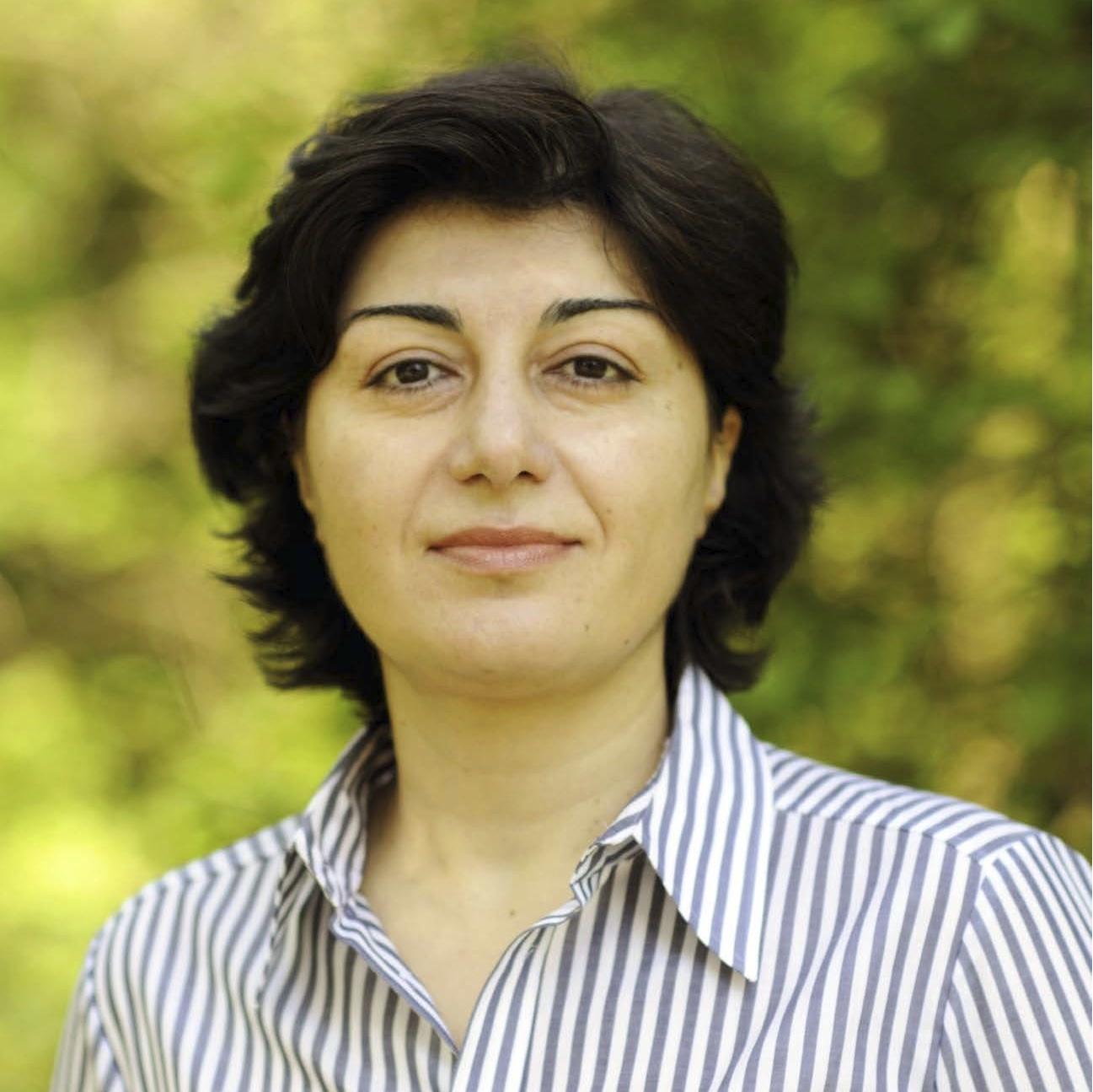 Dr. Nana Bit-Avragim