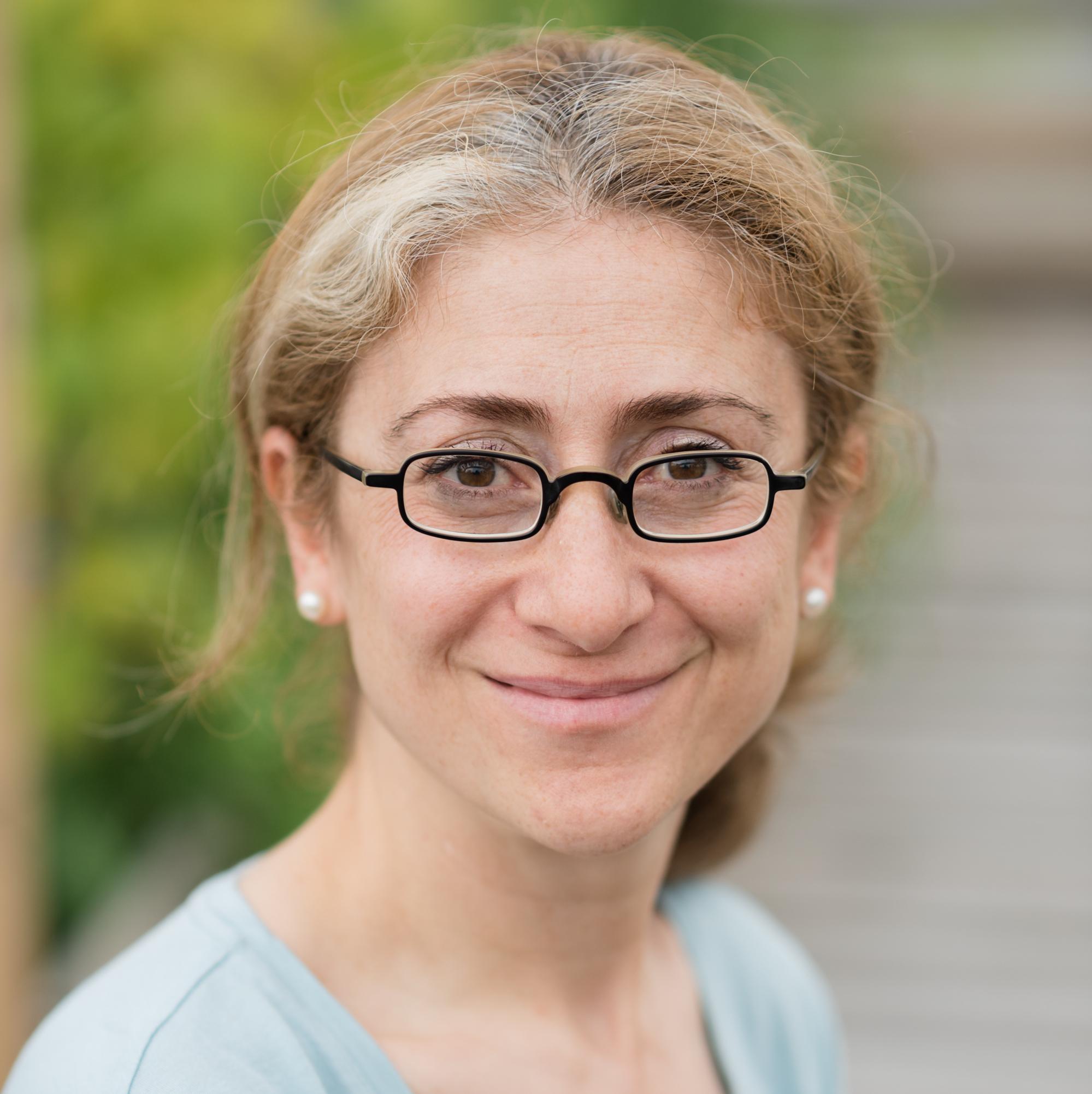 Olga Arbach, Dr. Med, MBA