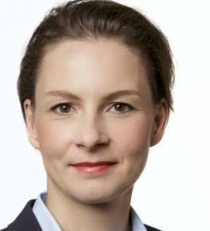 Dr. Ariane Loof