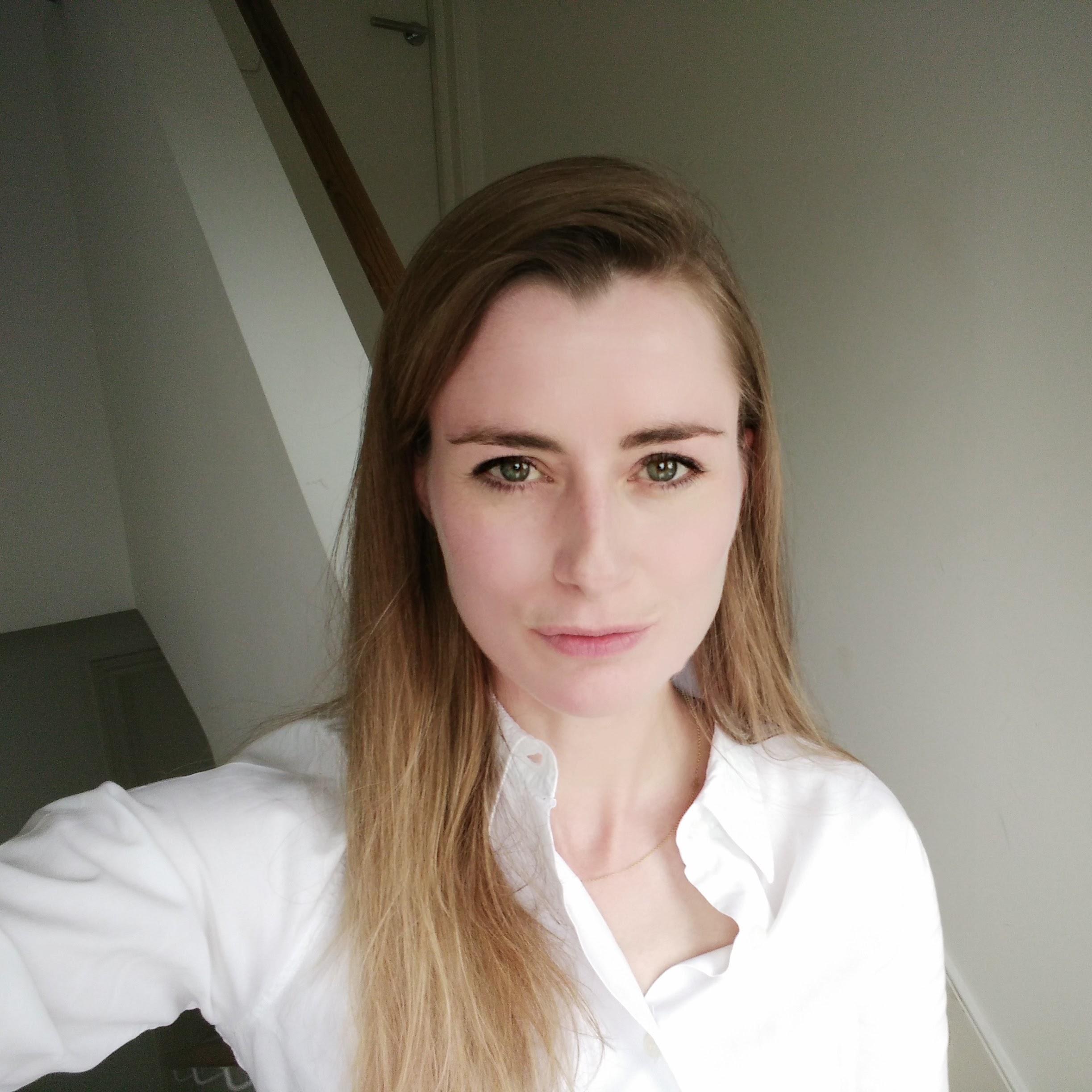 Dr. Carol Wildhagen