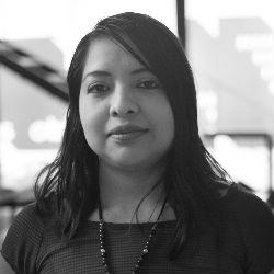Elena Cruz