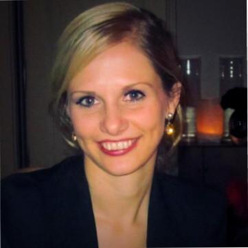 Julia Holzgreve